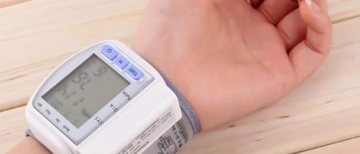 Изображение - Как определить артериальное давление izmerenie-davlenija-1-700x300